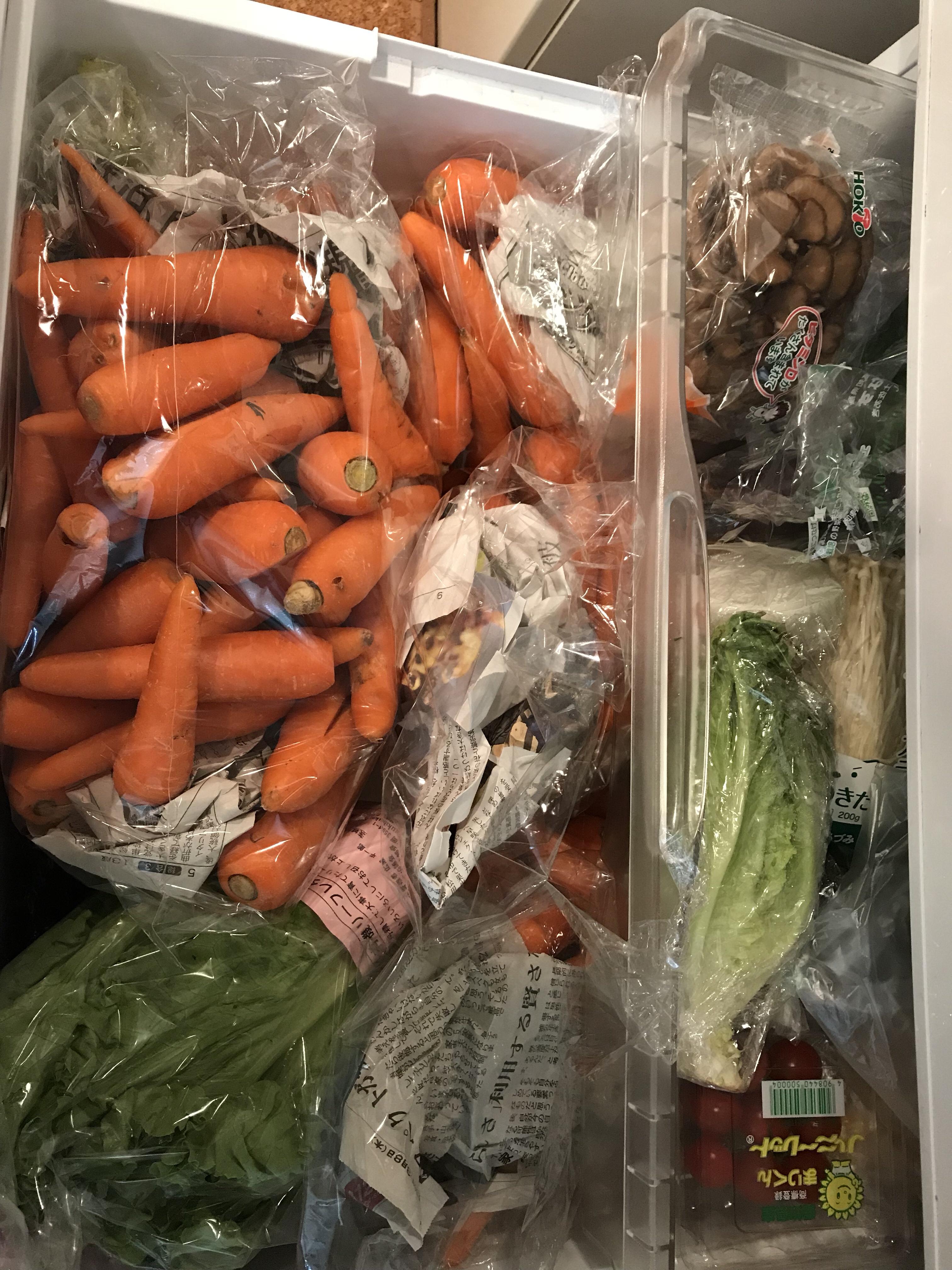 人参10キロ、野菜室に収まりました!何とかなるもんです