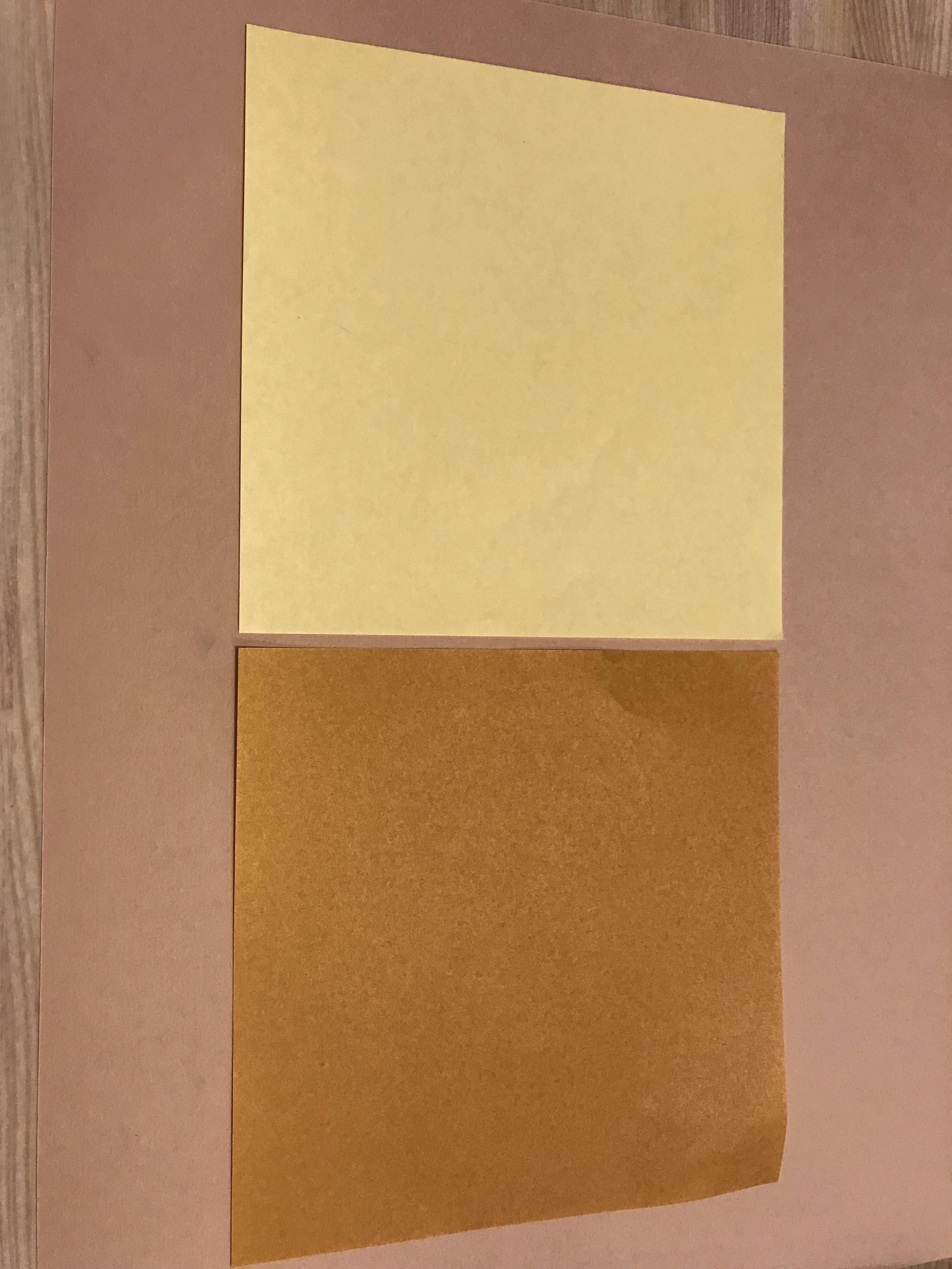 今回は、黄土色とベージュ色を使用しました